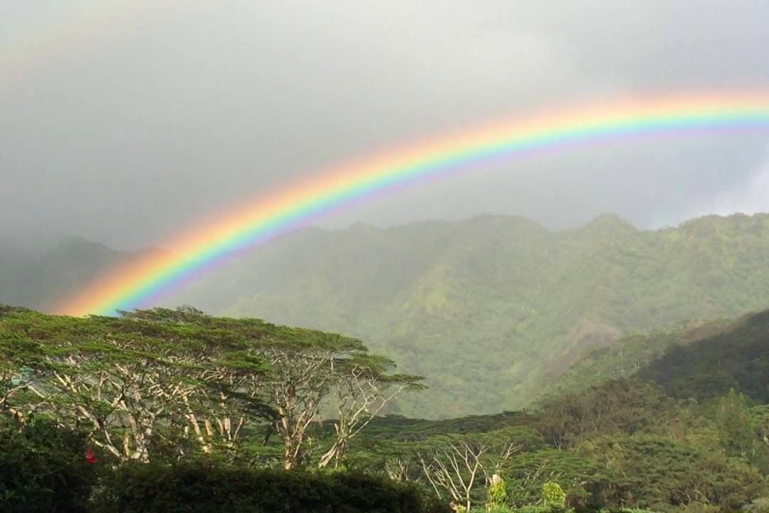 Arcobaleni nel cielo della Papua Nuova Guinea